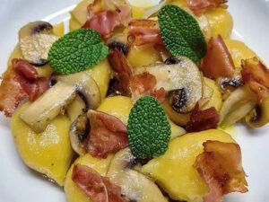 Gnocchi gefüllt mit Gorgonzola DOP